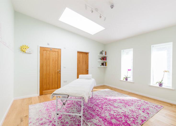 Iriness purple therapy room